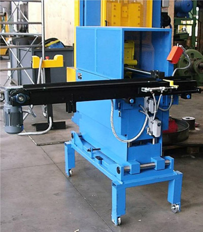 LINEAR LOADING ARM 500L Loading arms for presses