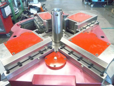 AP4 4000 G Subpresses for core punching during forging