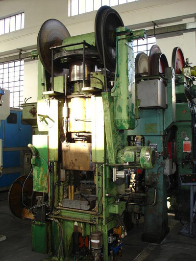 OSTERWALDER FPN 140 Friction screw presses