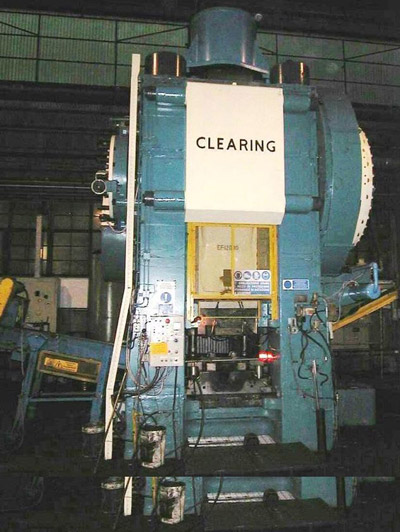 CLEARING EF-1 2000 Presses for hot forging of steel and titanium